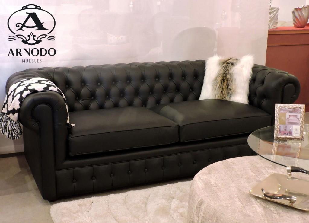 Sofa-Chesterfield-cuero-negro-con-capitone3_logo